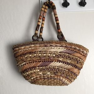 **Capelli**Straw Bag with Beaded Handle
